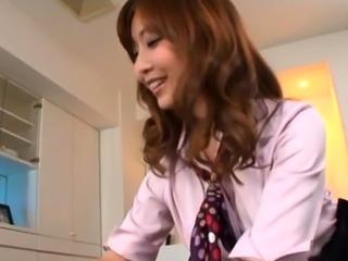 Frisky nipponese hottie Hikari Kasumi enjoying oral