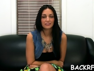 Ambitious Amber Cox enjoys that yummy penis