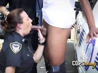 Interracial threesome OUTDOORS with black suspect