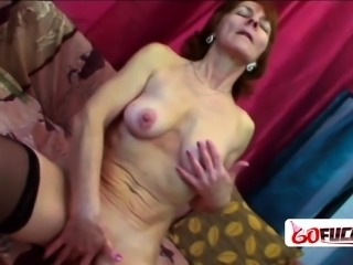 Ivet Horny GILF surrenders for young fit stunt cock