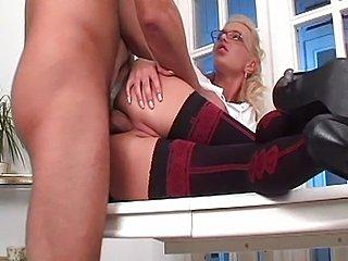 Jennifer Love is one good secretary